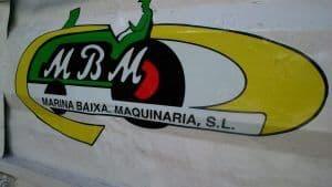 Logotipo en vinilo sobre vehículo